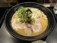 """「濃厚鶏麺」@麺組 Antaga """"大正""""の写真"""