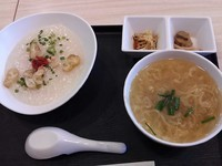 「朝ミニラーメンとミニ中華粥(600円)」@中華万里の写真