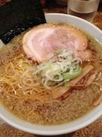 「醤油ラーメン(中間)麺増」@きくちひろきの写真