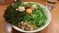 「ガッツ麺DX青ネギ増し(大)+海苔(携帯クーポン)」@日の出らーめん 大船店の写真