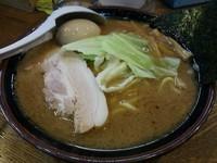 「豚骨魚介らあめん(中) +味玉:クーポン券」@豚骨魚介らあめん 金八の写真