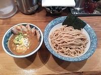 「濃厚 肉味玉入 辛つけ麺(胚芽麺)」@道玄坂マンモスの写真