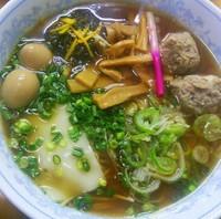 「煮干し香る牡蠣醤油拉麺(ライト煮干し)A   900円」@MENYA 食い味の道有楽の写真