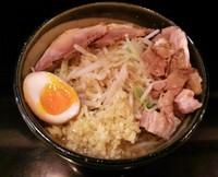 「ラーメン豚(ニンニク・カラメ)\750」@麺や 希 御徒町店の写真