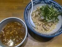 「肉盛鰹辛納豆つけ麺 ¥880」@ラーメンアキラの写真
