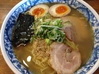 「しおそば(大盛)+煮玉子1/2」@中華そば やまとの写真