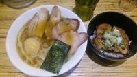 「特製醤油煮干しそば」@NOODLE STOCK 鶴おかの写真