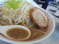 「土日限定 『ど豚骨ふじ麺Max』」@景勝軒 伊勢崎宮子町店の写真