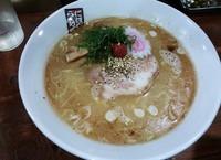 「塩らーめん(硬め)¥780」@煮干しらーめん 七代目 玉五郎 北新地店の写真
