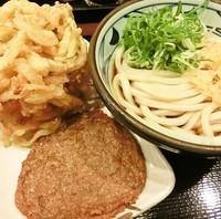 「ぶっかけ(冷:並)+野菜かき揚げ+じゃこ天」@丸亀製麺 柏駅南口店の写真