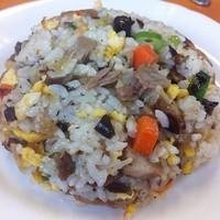 「ラーメン半チャーハン 800円」@チーナン食堂の写真