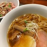 「鶏そば+豚丼セット@980」@らぁ麺 やまぐちの写真