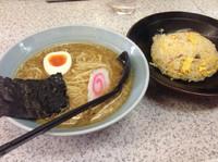 「Aセット(ラーメン+チャーハン)」@らーめん ぎょうざ 各種定食 吉兆の写真