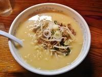 「味噌ラーメン大(700円)+餃子(300円)」@日の出製麺所の写真