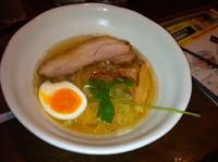 「塩鶏煮干し  650円」@とんこつ屋 秀虎の写真