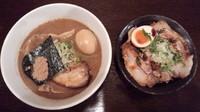 「喜元門+追加チャーシュー+味玉とロース飯」@喜元門 水戸笠原店の写真