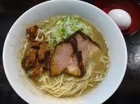 「特濃肉煮干しそば改¥800+生卵¥50-駐車券割引¥100」@らーめん こてつの写真