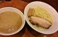 「濃厚鶏白湯つけ麺(大盛)\800」@七麺鳥の写真