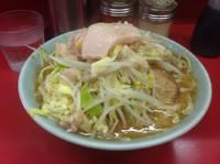 「小ラーメン(野菜アブラにんにく)」@ラーメン二郎 桜台駅前店の写真