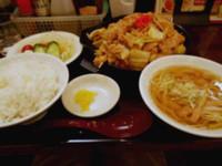 「メガ焼肉パンチ定食 (ミニラーメン付き)」@ラッキー食堂まとや 千曲店の写真