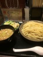 「たっぷり野菜つけ麺」@三ツ矢堂製麺 大森店の写真