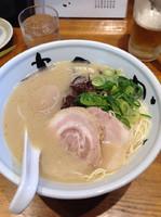 「純系豚骨ラーメン」@まんかい 福島本家の写真