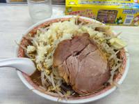「濃厚黒富士麺  クーポンで600円」@景勝軒 伊勢崎宮子町店の写真