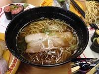 「出汁入り鶏がら醤油ラーメン」@スシロー 川崎第一京浜店の写真