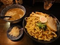 「煮干しつけ麺」@陽はまた昇るの写真