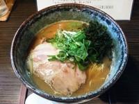 「濃旨醤油らぁ麺」@麺処 ばっはの写真
