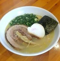 「鶏白湯しおらーめん @750円」@麺処 四代目 ゆうじの写真