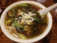 「高菜牛腩湯麺」@東珍味の写真