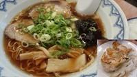 「ワンタン麺560+ライスセット210=770円」@中華そば みやひろの写真