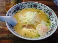 「白つつじ白湯塩ラーメン」@弟子屈ラーメン 弟子屈総本店の写真