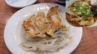 「ライスセット餃子210円+ワンタンメン560=770円」@中華そば みやひろの写真