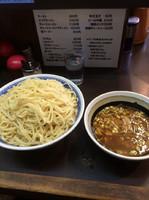「つけ麺850円(中盛り650gプラス100円)」@中華そば べんてんの写真