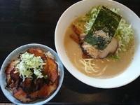 「しおらーめん+どろどろに変更+炙りちゃーしゅう丼=¥950」@らーめん こてつの写真