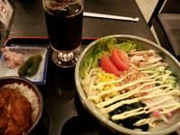 「サラダうどんセット(サラダうどん+ミニカツ丼)950円」@登利平 高崎モントレー店の写真