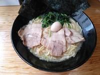 「塩ラーメン 並(硬め)¥700」@横浜家系ラーメン 翔家の写真