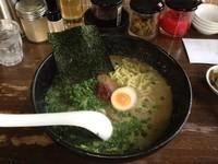 「ねぎ塩ラーメン(大盛り)」@究極ラーメン 横濱家 東名川崎店の写真