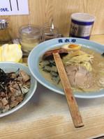 「醤油ラーメン チャーシュー丼」@ラーメン青木亭 瀬崎店の写真