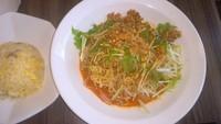 「冷し坦々麺+半炒飯(594円)」@中華料理 谷記 錦糸町南口店の写真