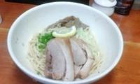 「ばんめん(並, 醤油)+焼豚1枚トッピング」@麺食堂 一真亭の写真