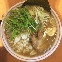 「濃厚柳屋そば」@つけ麺 中華そば 節 用賀店の写真