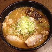 「焙煎ごまみそらーめん」@吉山商店 札幌ら〜めん共和国店の写真