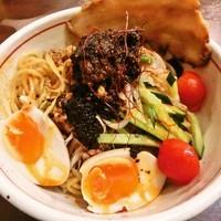 「冷し味噌担々麺(鬼辛)+チャーシュー(860円+110円)」@蔵出し味噌らーめん そい屋の写真