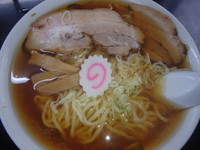 「しょうゆかけラーメン(550円)チャーシュー1枚(150円)」@食堂 はせ川の写真