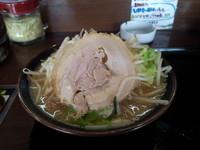 「豚そば」@横浜家系ラーメン たくみ家の写真