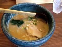 「らぁ麺(750円)」@らあ麺×つけ麺専門店 まがりの写真