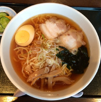 「会津ラーメン(醤油)580円」@道の駅 しもごう  レストラン三倉の写真